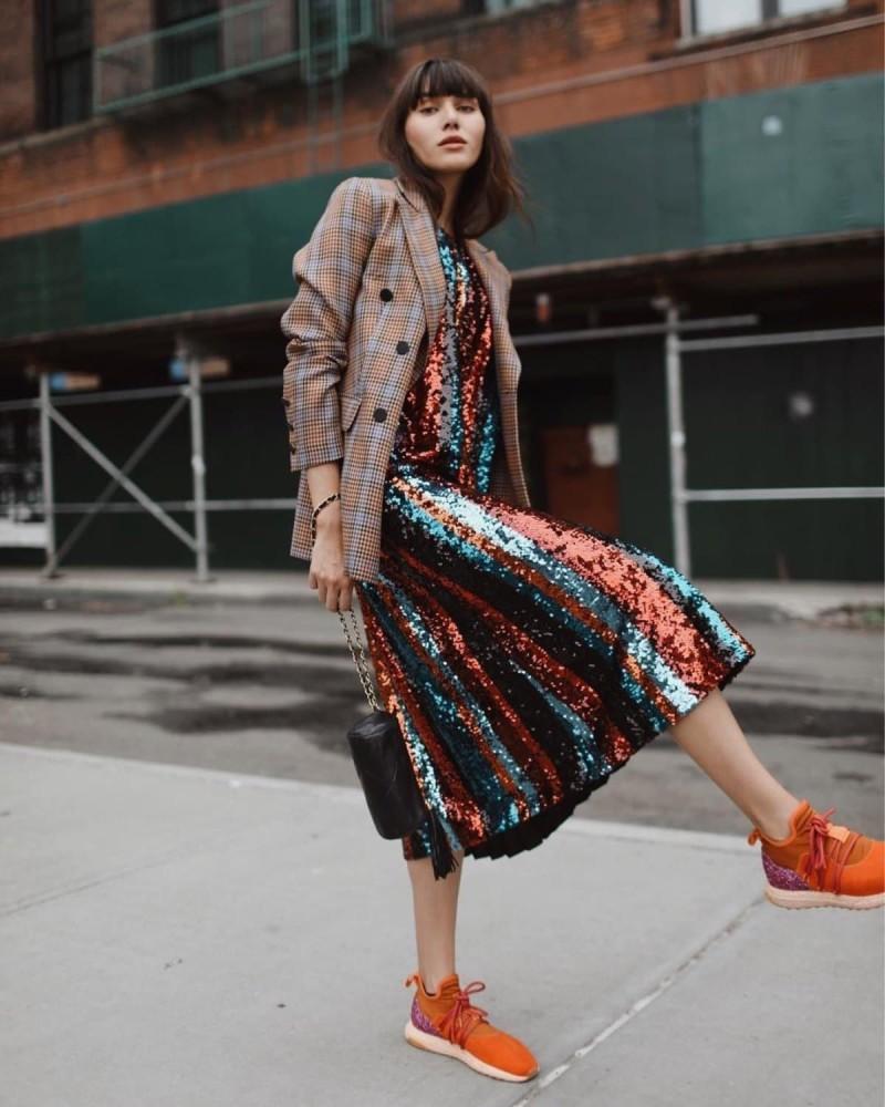 φόρεμα με παγιέτες πολύχρωμο