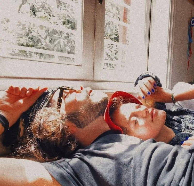 Άγγελος Λάτσιος οι νέες φωτογραφίες του με την κούκλα κόρη της Δωροθέας Μερκούρη