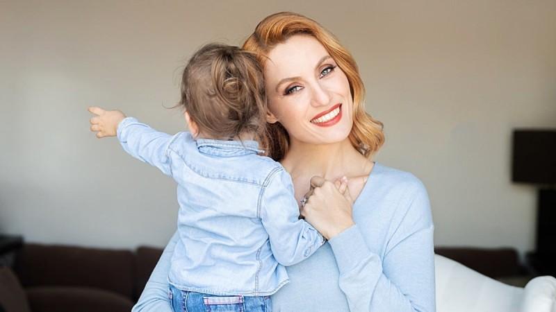 Ελεονώρα Μελέτη: Γιόρτασε τα γενέθλια της κόρης της μέσω facetime - «Είμαι τούμπανο στο κλάμα»