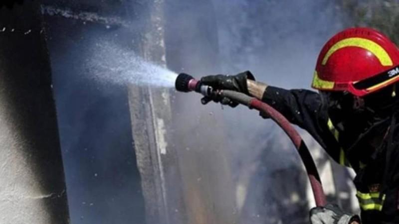 Νέα Ερυθραία: Ένας νεκρός και δύο τραυματίες από πυρκαγιά σε σπίτι