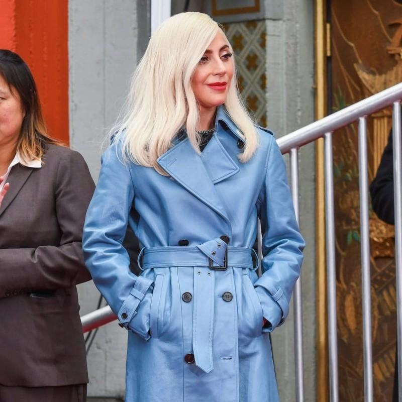 lady Gaga baby blue καμπαρντίνα