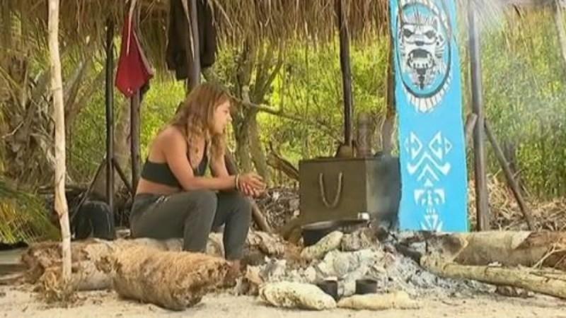 Survivor 4: Έκανε συζήτηση... μόνη της γύρω από τη φωτιά!