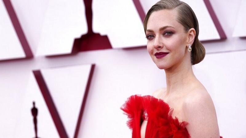 Oscars 2021 looks