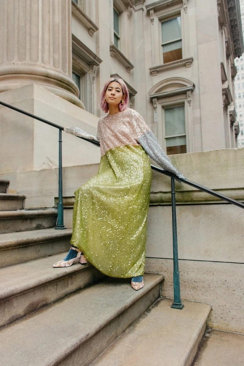 φόρεμα με παγέτες neon