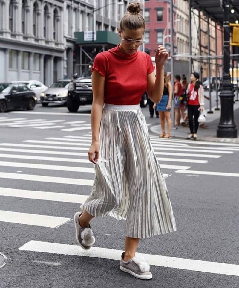 πλισέ φούστα street style