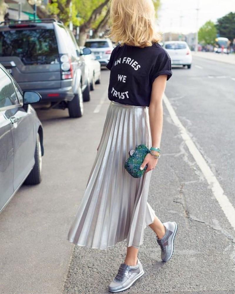 μεταλλιζέ πλισέ φούστα
