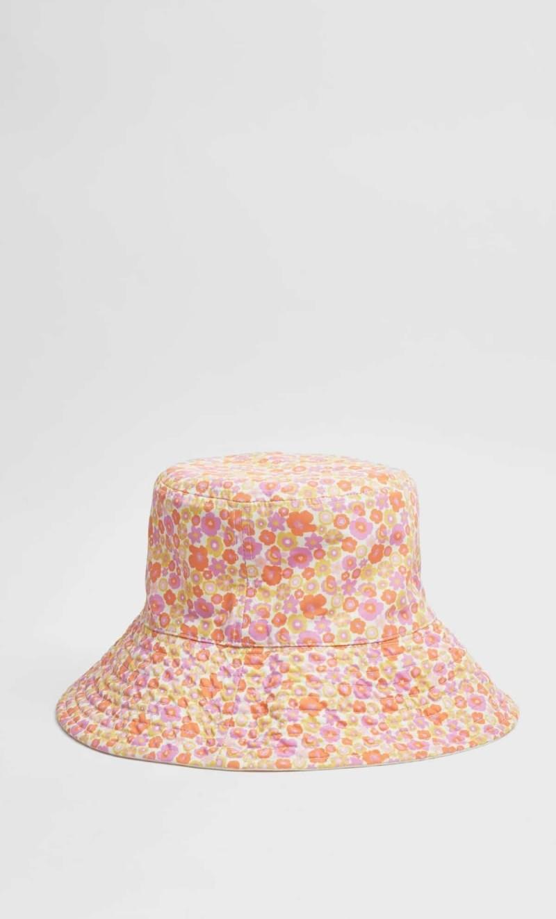 backet-hat