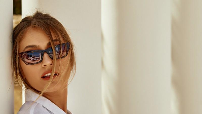 5+1 μοντέρνα trends σε γυναικεία γυαλιά για το 2021
