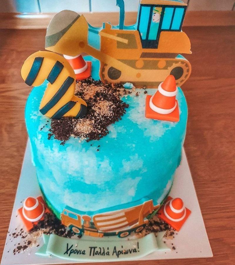 Γενέθλια για τον γιο της Τζένης Θεωνά και του Δήμου Αναστασιάδη τούρτα