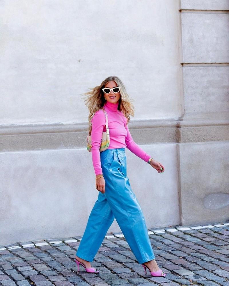 color blocking wide pants