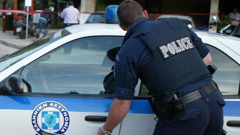 Νέα Σμύρνη: Μαχαίρωσαν και λήστεψαν ηλικιωμένο επειδή έκανε παρατήρηση για κορωνοπάρτι