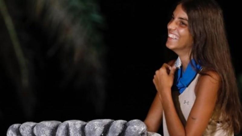Φουλ ερωτευμένη η Άννα Μαρία Βέλλη! Η φωτογραφία με την έκπληξη του συντρόφου της
