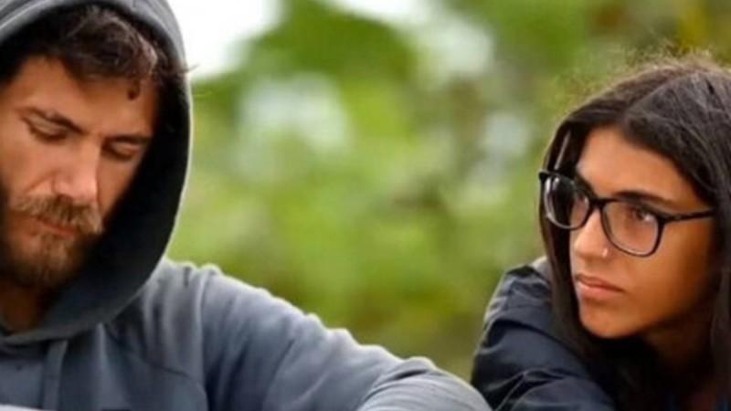 Survivor 4: Η Άννα Μαρία Βέλλη ψάχνει κοπέλα για τον Μπάρτζη