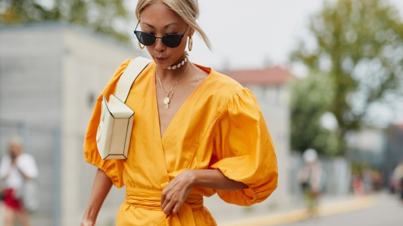 bold sleeves dress street style