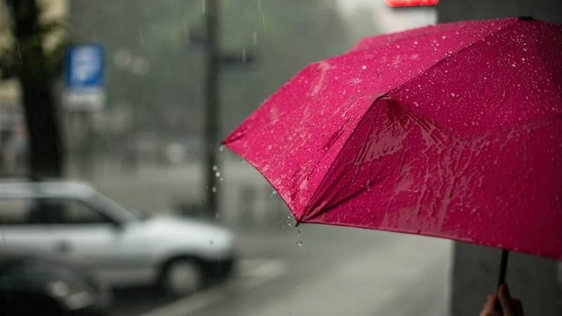 Καιρός (8/5): Τοπικές βροχές και υψηλές θερμοκρασίες