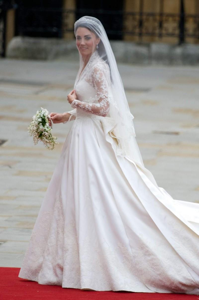 kate γάμος