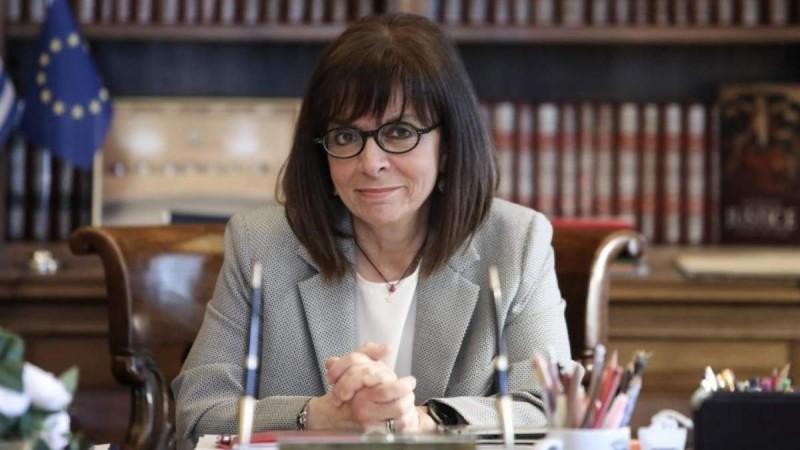 Κατερίνα Σακελλαροπούλου: Απόλαυσε τον καφέ της με γιατρούς από το Σωτηρία και τον Ευαγγελισμό