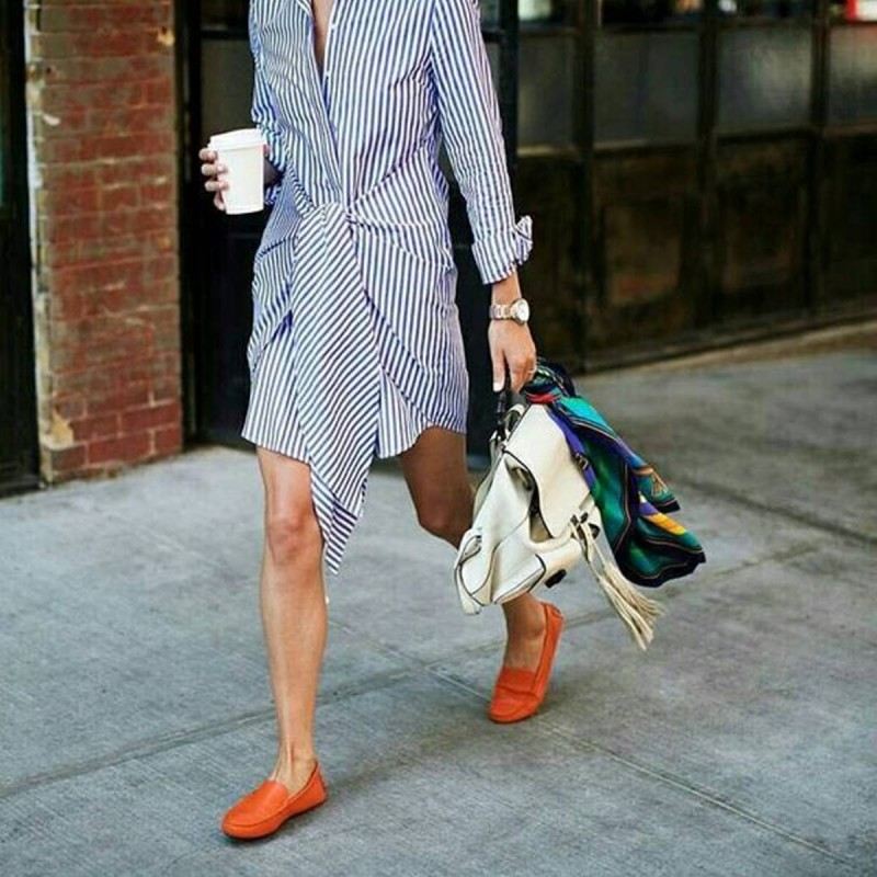 loafers με shirt dress