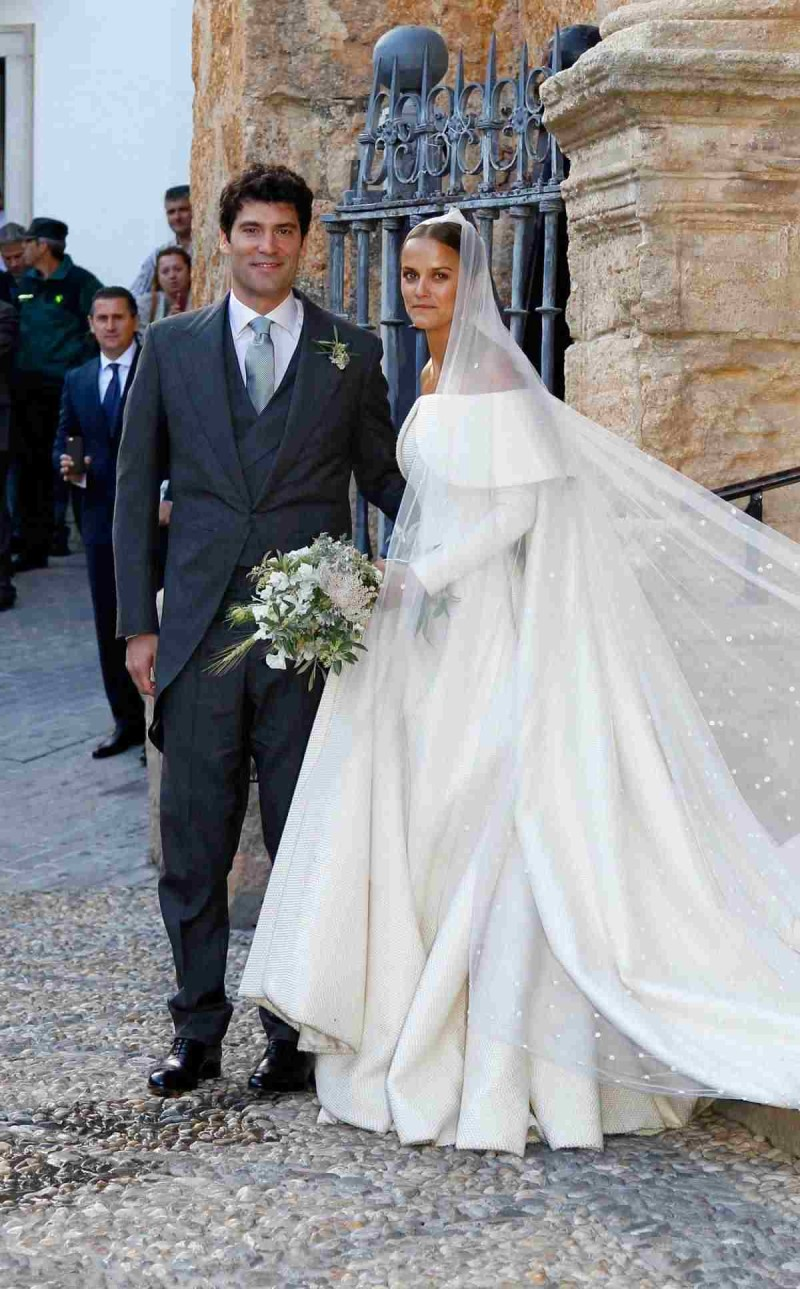 weshley γάμος