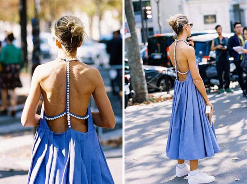 μπλε φόρεμα με πέρλες