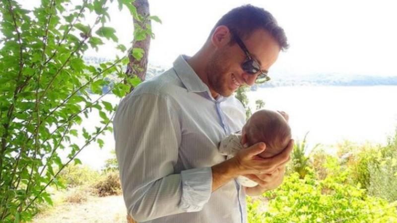Γλυκά Νερά: Ραγδαίες εξελίξεις με την επιμέλεια του νεογέννητου