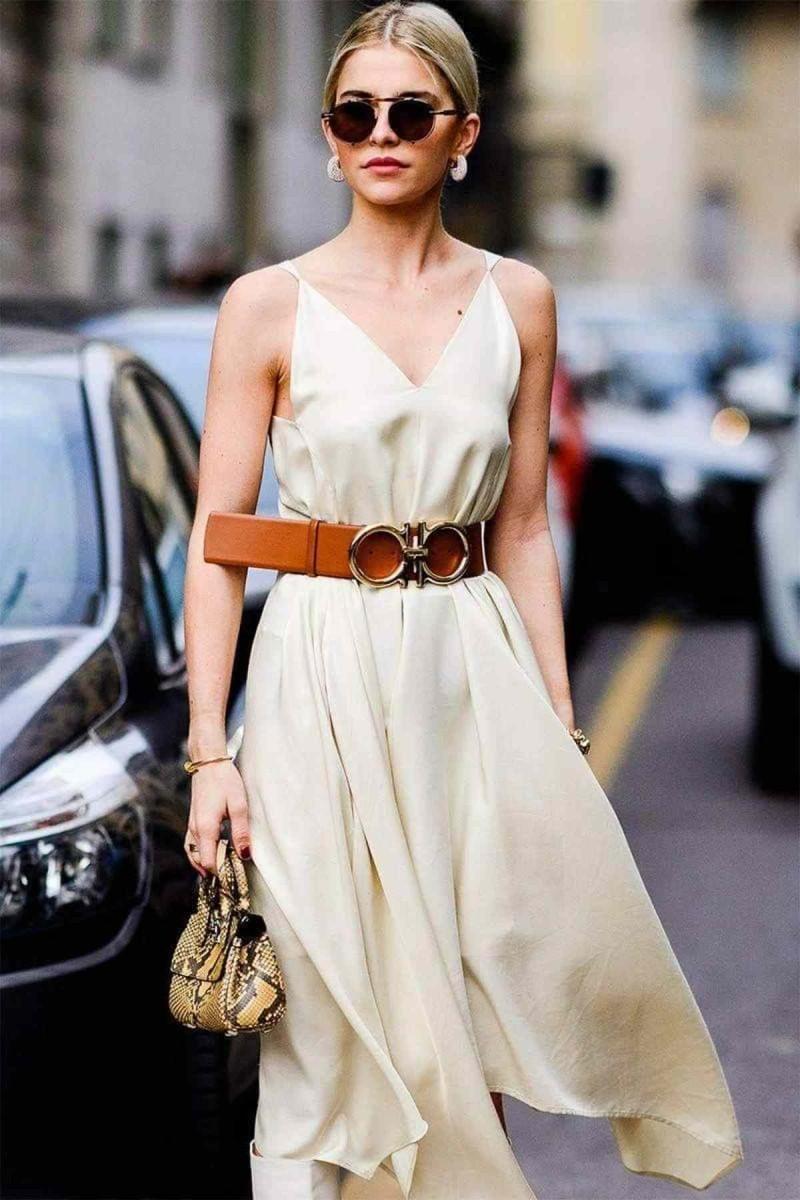 ζώνη με φόρεμα