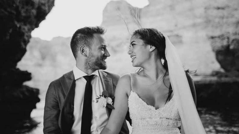Μπάμπης Αναγνωστόπουλος: Στη δημοσιότητα το υπόμνημα που κατέθεσε για την δολοφονία της συζύγου του, Καρολάιν, στα Γλυκά Νερά