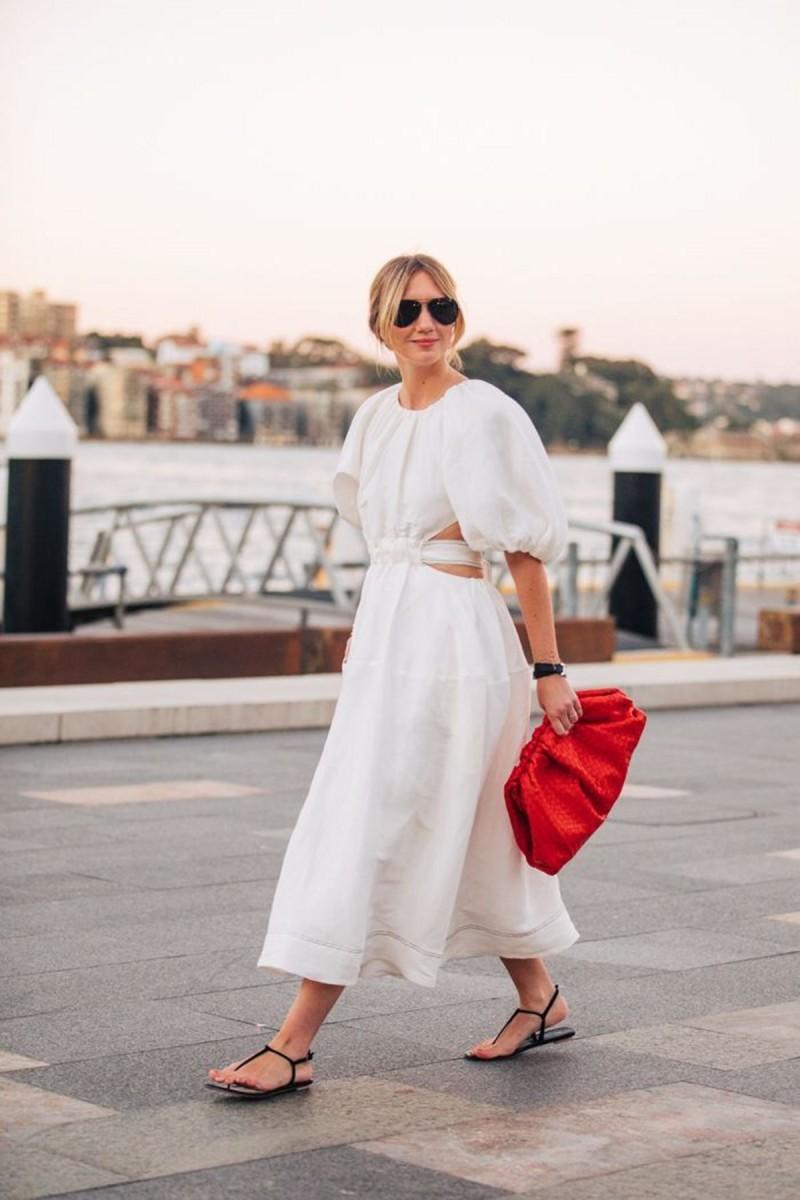 λευκό φόρεμα street style