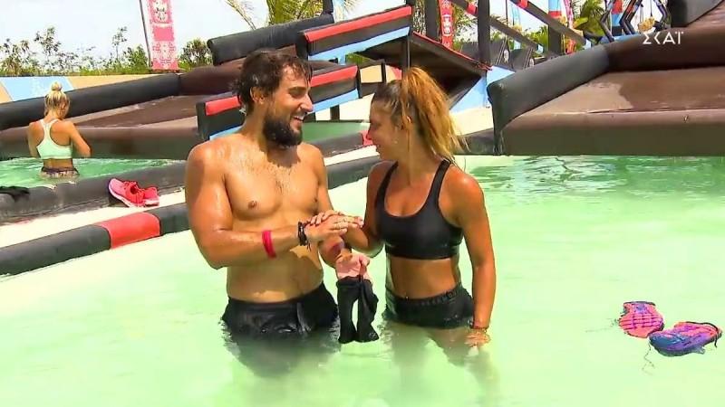 Survivor 4: Ο Σάκης φίλησε την Μαριαλένα μετά το αγώνισμα (Βίντεο)