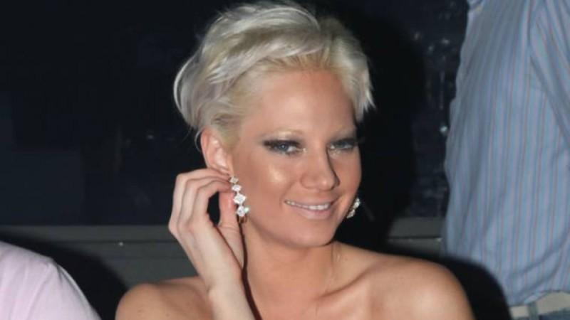 Insta Poll: Σε ποιο σημείο στο πρόσωπο της έχει κάνει πλαστική η Τζούλια Αλεξανδράτου;