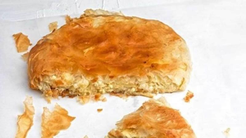 Απίστευτη αναποδογυριστή τυρόπιτα από την Αργυρώ Μπαρμπαρίγου