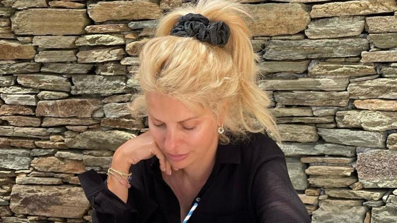 Αυτό το μεσημεριανό τρώει στις διακοπές της η Ελένη Μενεγάκη για να μην «ξεφύγει»