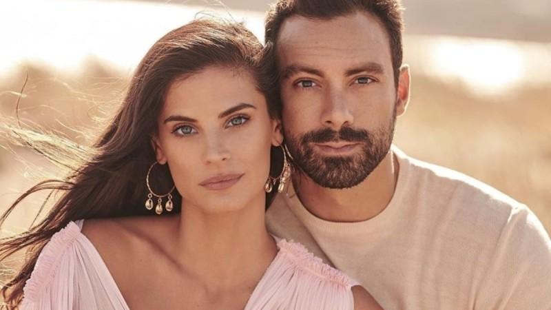 Σάκης Τανιμανίδης: Απαθανατίζει την Χριστίνα Μπόμπα να κοιμάται αγκαλιά με τα κοριτσάκια τους