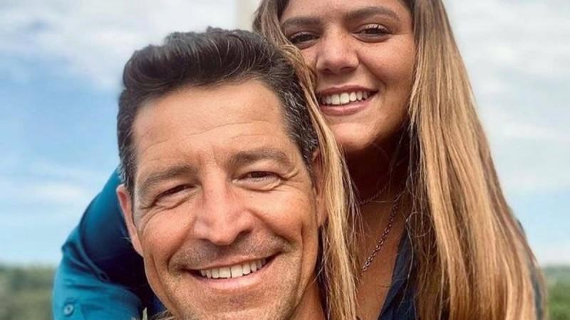 Φουντώνουν οι φήμες σχέσης για την Δανάη Μπάρκα και τον Απόστολο Ρουβά