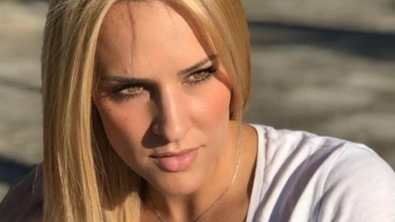 Μισή έχει μείνει η Έλενα Ασημακοπούλου - Πανικός με τις αρετουσάριστες φωτογραφίες της