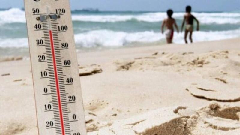 Καιρός (2/8): Η θερμοκρασία θα παραμείνει ιδιαίτερα υψηλή σε όλη τη χώρα