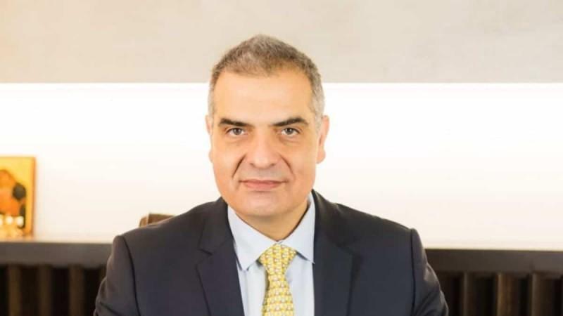 Ο πλαστικός χειρουργός Δημήτρης Γκρίτζαλης μας ενημερώνει για το επαναστατικό πρωτόκολλο Cool Lipo Effect