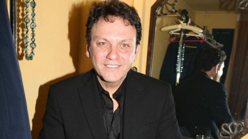 Ραγδαίες εξελίξεις με την υγεία του αγαπημένου τραγουδιστή Στάθη Αγγελόπουλου