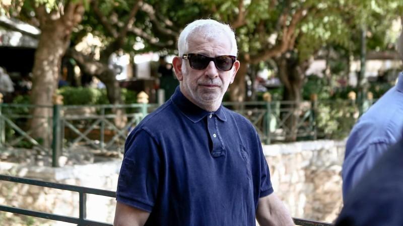 Πέτρος Φιλιππίδης: Ως θύμα εμμονικών γυναικών παρουσιάζει τον εαυτό του στον νέο απολογητικό υπόμνημα