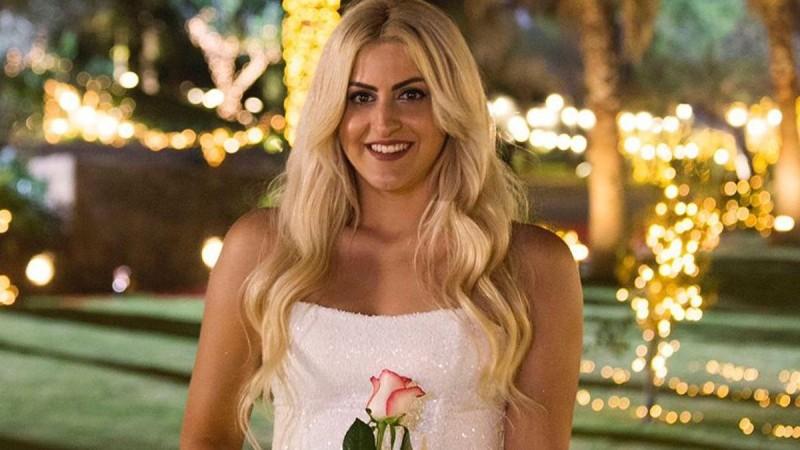 The Bachelor 2: Η ηλικία και καταγωγή της Έλενας που πήρε το τριαντάφυλλο της πρώτης εντύπωσης από τον Αλέξη Παππά