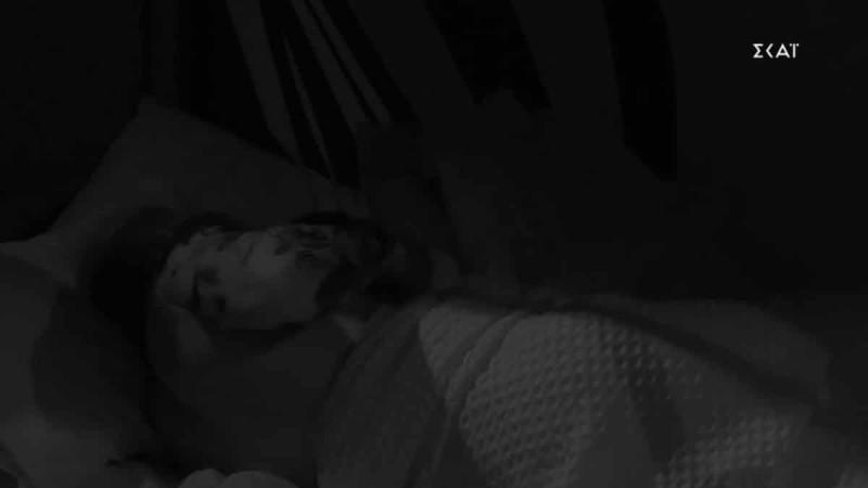 Big Brother 2:  Πέτσας - Ανχελίτα πιο κοντά από ποτέ