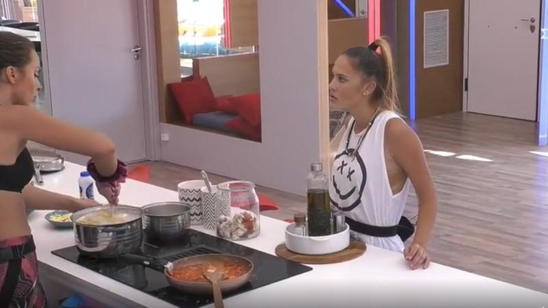 Big Brother 2: Απίστευτη επίθεση Σαμάνθας σε Ευδοκία - «Αυτό είναι το υφάκι μου κι άμα σ' αρέσει»