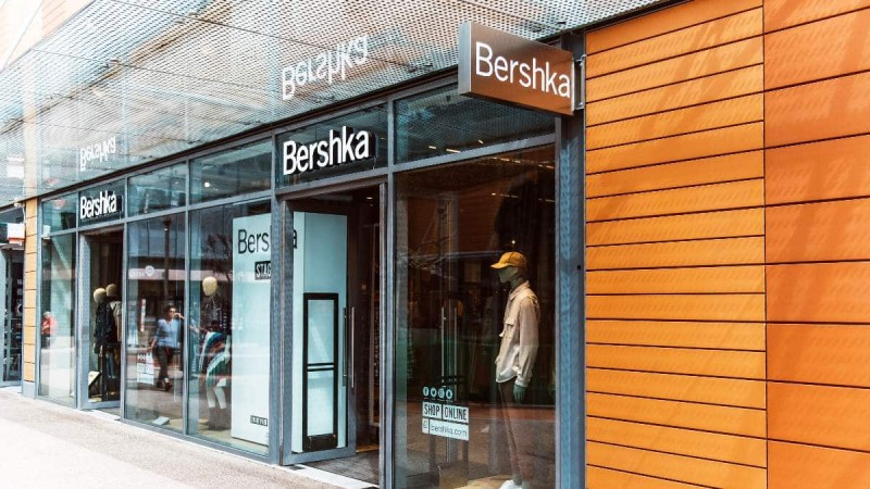 Bershka: Το απόλυτο must have μπλέιζερ - Με λιγότερο από 30€