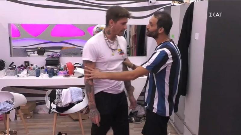 Big Brother 2: Άσχημος καυγάς μεταξύ Στηβ και Κωστή - «Είσαι πέντε χρονών με αυτά που κάνεις, είσαι παιδί»