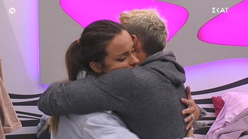 Big Brother 2: «Θέλουν να με φάνε» - Ξέσπασε η Ευδοκία στην αγκαλιά του Πέτσα