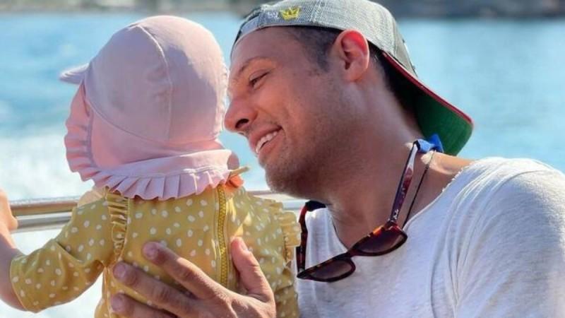 Σάββας Πούμπουρας: «Κανένας άντρας δεν είναι έτοιμος να γίνει πατέρας! Η φύση του είναι να είναι παιδί για πάντα»