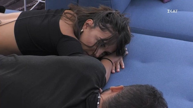 Big Brother 2: Προβληματισμένη η Σύλια -  Ποιον θα βγάλει στον τάκο