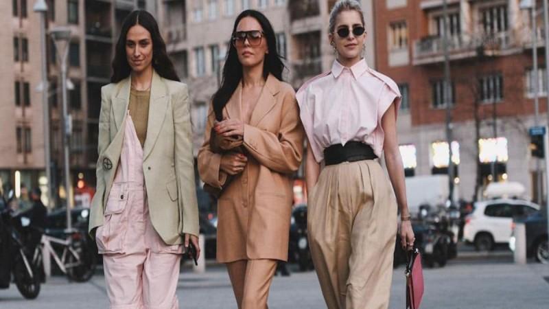 Zara: Το must-have φαρδύ παντελόνι που πρέπει να αποκτήσεις τώρα