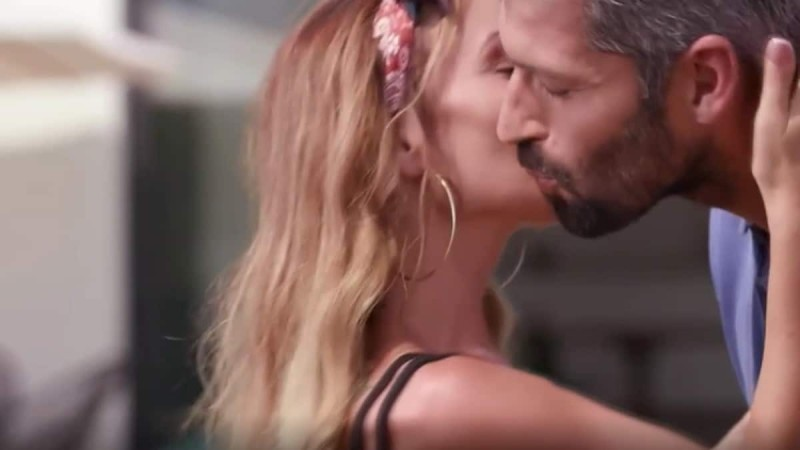 The Bachelor 2: Χαμός με τα κοπλιμέντα του Αλέξη στην Νικόλ -