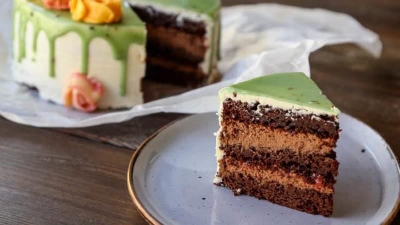 Σπιτικά cakes και cupcakes από το Μελιστάλαχτο!
